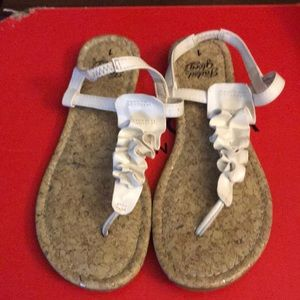 Girls sandals size 1